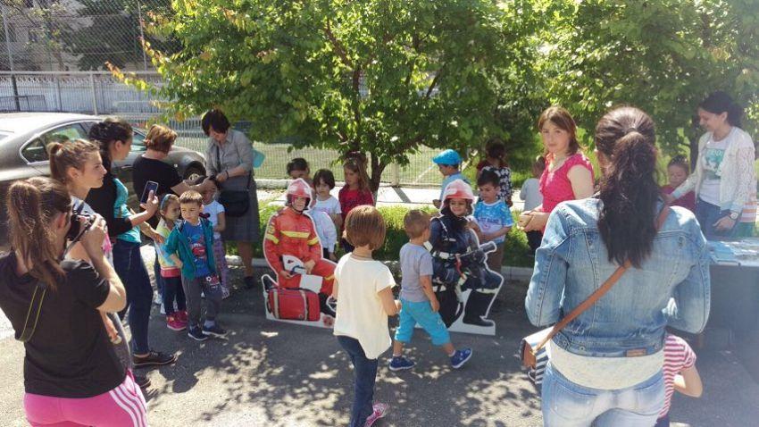 Copiii sunt așteptați pentru a vizita tehnica de intervenție a pompierilor vrânceni