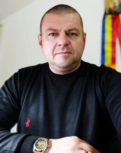 ProfesorulCătălin Mocanu este inspector educație permanentă și istorie/discipline socio-umane la Inspectoratul Școlar Județean Vrancea
