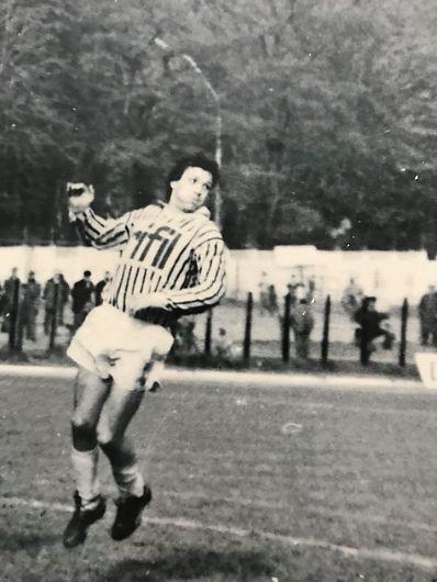 A murit fostul fotbalist originar din Vrancea, GABRIEL FULGA .Dumnezeu să-l ierte!Foto:Tele 1 Bacău