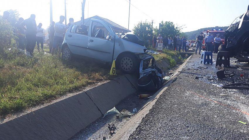 Accident teribil la Bolotești - doi morți și 11 răniți - a fost activat Planul Roșu de intervenție-Foto 2 ISU Vrancea