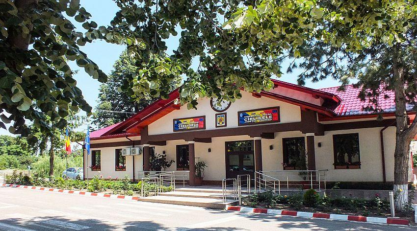 Primăria comunei Cârligele-foto:facebook