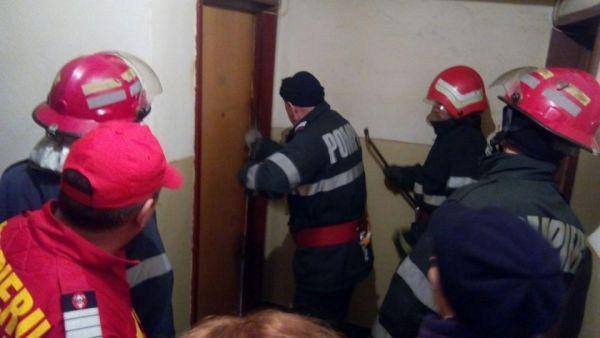 Pompierii au fost solicitați să intervină într-un apartament al  blocului situat lângă Școala Nr. 2 din municipiul Adjud.Foto:arhiva ZdV credit foto:Sportul Sălăjean
