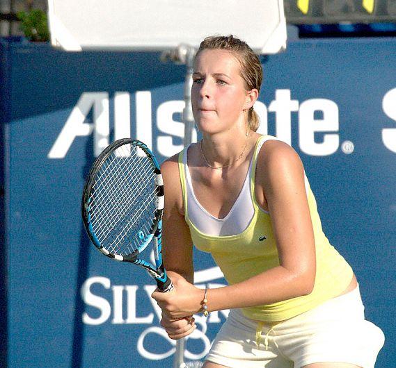 Anastasia Pavliucenkova n-a învins-o niciodată pe Simona, în șase partide