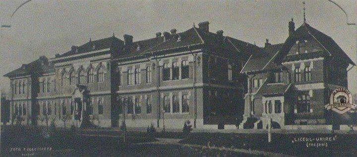 Clădirea  CNU inaugurată în 1900-fotografie preluată din albumul Unirea 152
