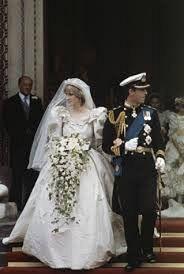 1981: Charles, Prinț de Wales se căsătorește cu Lady Diana Spencer.