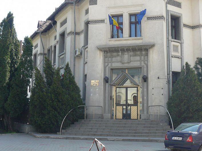 Camera de conturi Vrancea are nevoie de 3 auditori publici externi profil economic
