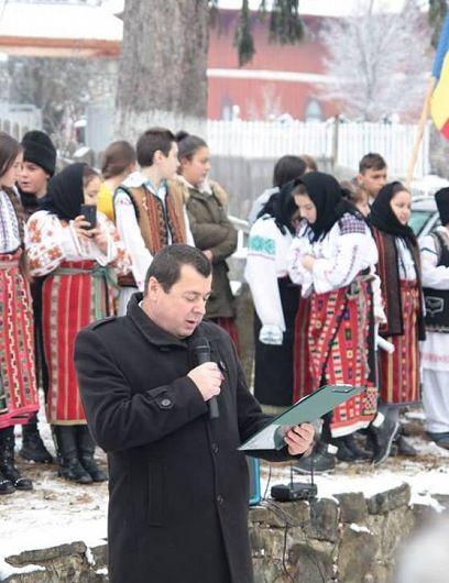 Sorin Pantelimon este profesor de istorie la Școala Gimnazială Jitia
