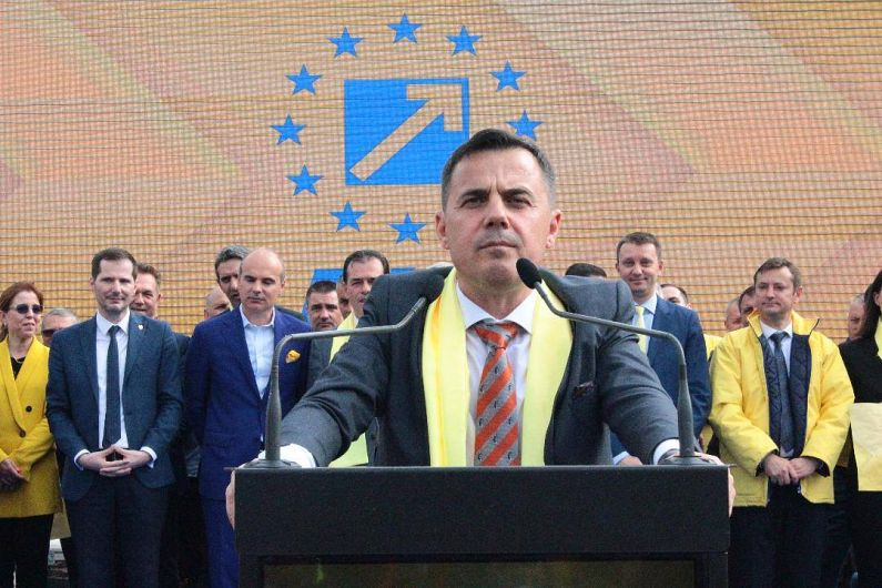 Foto Deputatul Ion Ștefan este de părere că o administrație de dreapta poate ridica Vrancea de pe ultimul loc în clasamentele economice. În caz contrar, ecartul între noi și Cluj sau București se va mări