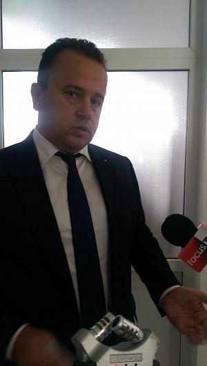 Ministrul Liviu Pop a demis conducerea ISJ si face concurs de CV-uri. Oare recomandarile tot de la primari vin?