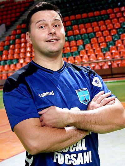Foto3: Răzvan Răpciugă a semnat cu Steaua Bucureşti