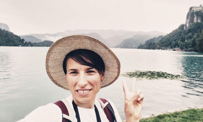 Cristina Ene Bărbosu (40 de ani), profesoară de limba română în comuna Sihlea, județul Vrancea.Foto:scoala9.ro