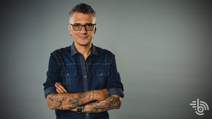 Cunoscutul om de radio și televiziune focșănean, Cristi Hrubaru-fotografie preluată de pe site-ul:editiadedimineata.ro