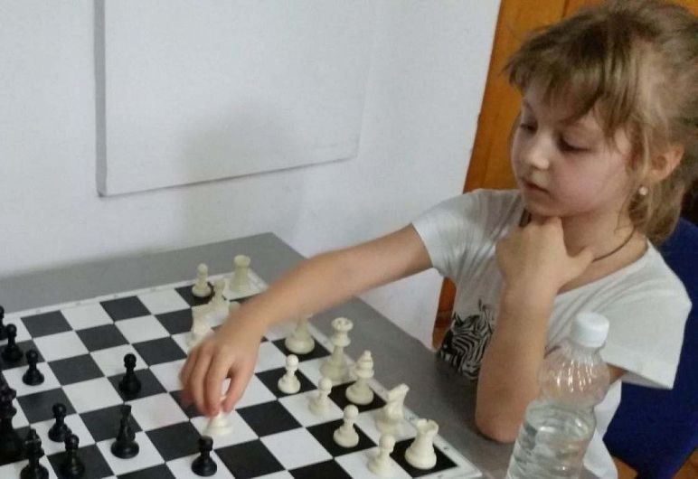 Loc II Fete - Apostu Ana la Cupa Vrancei la șah blitz pentru copii și juniori grupa open -26.06.2018
