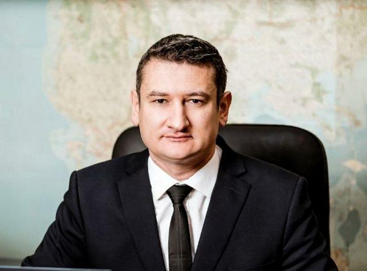 Laurențiu Alexandru Blaga, directorul general al Agenției Naționale de Cadastru și Publicitate Imobiliară ( ANCPI) va fi prezent astăzi la la sediulInstituției PrefectuluiJudețul Vrancea pentru  a discuta cu primarii din județul nostru, despre cadastrarea gratuită.