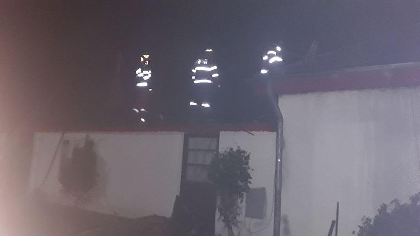 Incendiu la o locuinţă din satul Pădureni, comuna Jariştea 30.03.2020 după ora 1:00-Foto 4 SVSU Jarșiștea