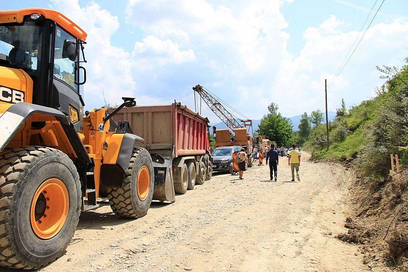 FotoCJ anunță că pe drumul Lepșa – Soveja vor intra utilajele la lucru