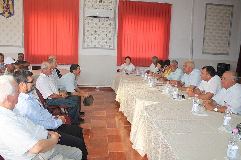 Consilierii din Ciorăști nu au votat proiectul pentru care CJ a dat în judecată autoritățile locale