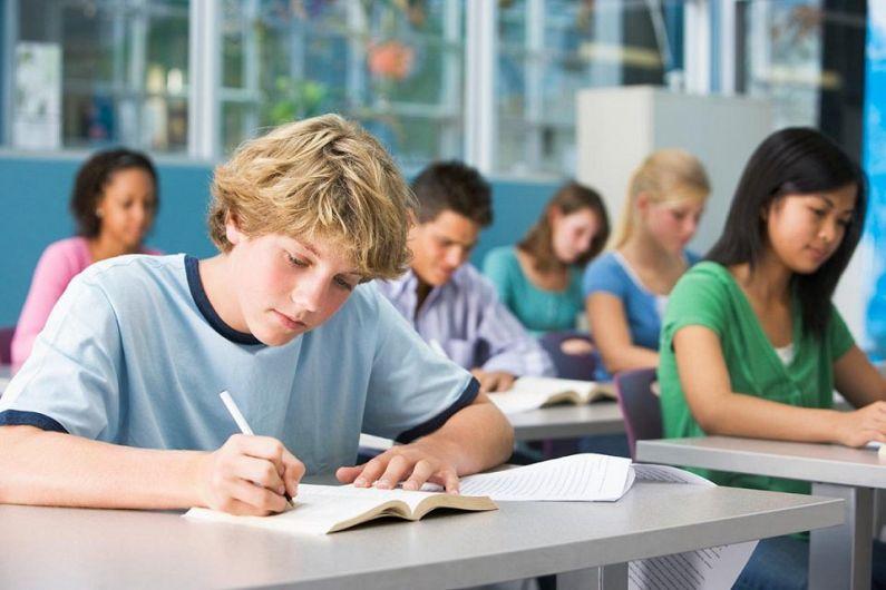 Evaluare Națională a  asolvenților claselor  a VIII-a.Foto:edupedu.ro