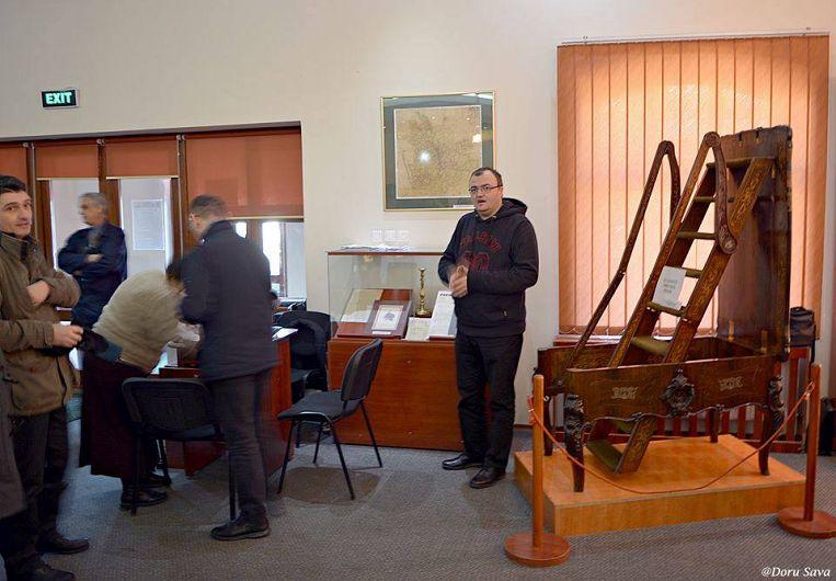 Prin Muzeul Unirii am fost ghidati de catre muzeograful Mihai Negrei. Multumim pentru turul ghidat.