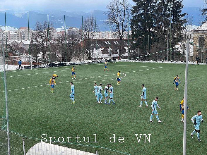 Meci amical disputat la Miercurea Ciuc înaintea plecării fotbaliștilor focșăneni în cantonamentul de la Govora:CSM Focșani 2007 - Aerostar Bacău 3-1 (3-0).Foto:Sportul de Vrancea