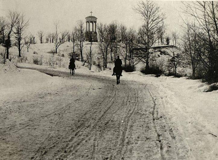 Intrarea în satul Cândești în anul 1916-Fotografie preluată de pe pagina de facebook Satul Cândești