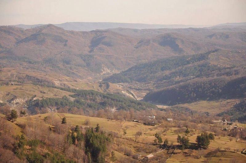 Depresiunea Între Râmnice se află în partea de sud-est a României, având o suprafaţă de 66,7 Km2.-foto:Pantelimon Sorin