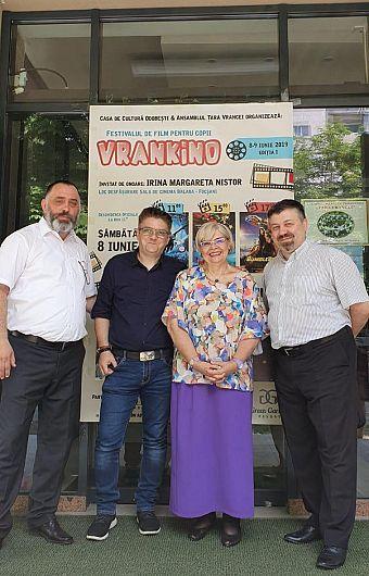 Foto 3: Lucian Cristea, Dan Mirică, Irina Margareta Nistor și Dragoș Batir