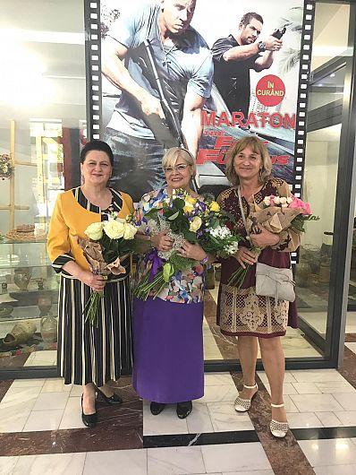 Foto 2: Maria Murgoci, Irina Margareta  Nistor și Angela Silion