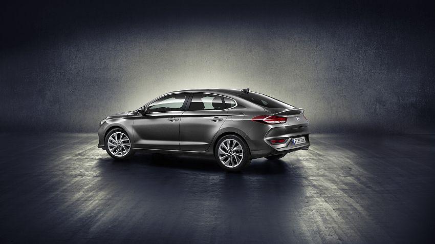 New Hyundai i30 Fastback -foto 1