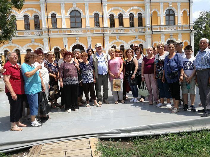 Pensionari vrânceni în vizită la Chișinău-Foto-2-Grupul de pensionari vrânceni