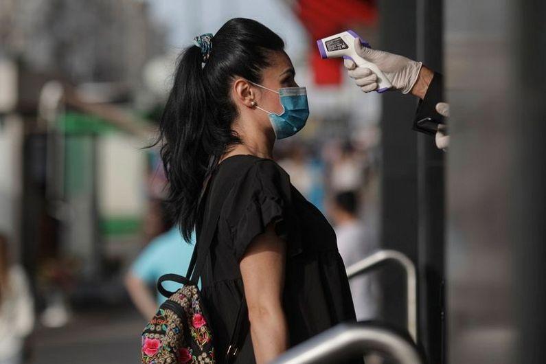 În județul Vrancea și în municipiul București, vineri 10 iulie 2020 numărul de cazuri este mai mult decât dublu față de 15 mai 2020( prima zi a stării de alertă, care reflectă respectarea măsurilor din perioada stării de urgență).Foto:newsweek.ro