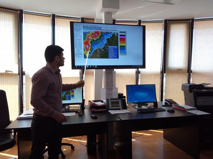 Personalul UCCG a prezentat modul  în care se acționează la apariția norilor cu grindină