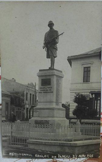 Monumentul Eroilor din orașul Panciu - 27 mai 1928. Foto:contul de facebook Gheorghiu Diana
