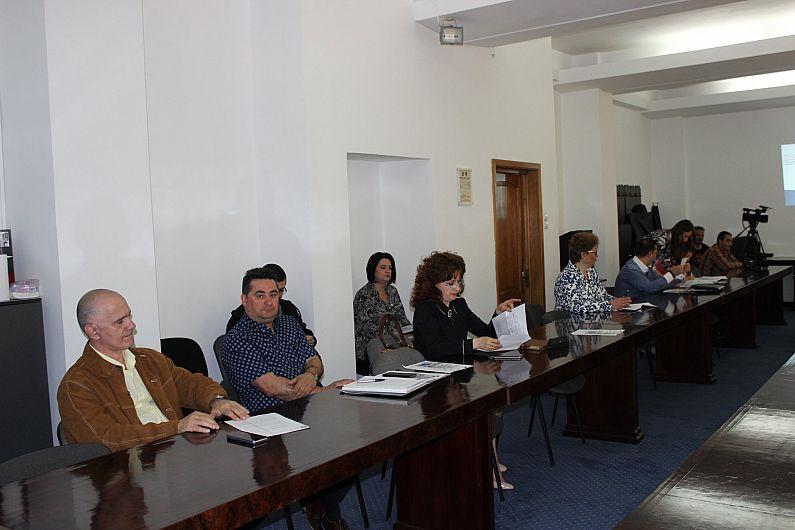 Foto Raportul privind transferul contribuțiilor a fost prezentat la Prefectură