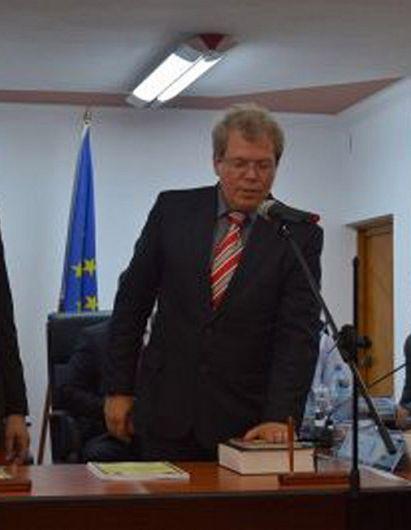 Costel Bîrsan de profesie inginer electromecanic, este membru în Consiliul Local Focșani în mandatul 2016-2020