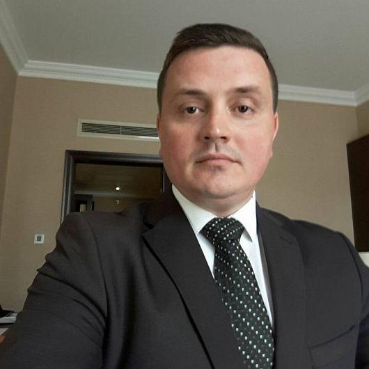 Profesorul de muzică, Ionuţ Drilia este noul director interimar al Ateneului Popular Mr. Gh. Pastia din Focşani.Foto:Facebook