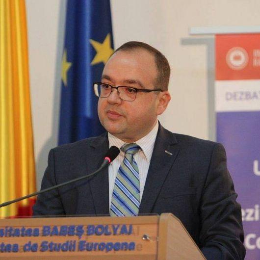Valentin Naumescu,fost Diplomat la Ministerul Afacerilor Externe din România, actualprofesor asociat la Universitatea Babeş-Bolyai din Cluj Napoca.Foto:facebook