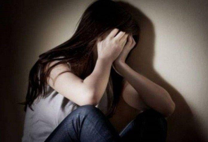 Copila ar fi fost violată de tiristul care a luat-o la ocazie