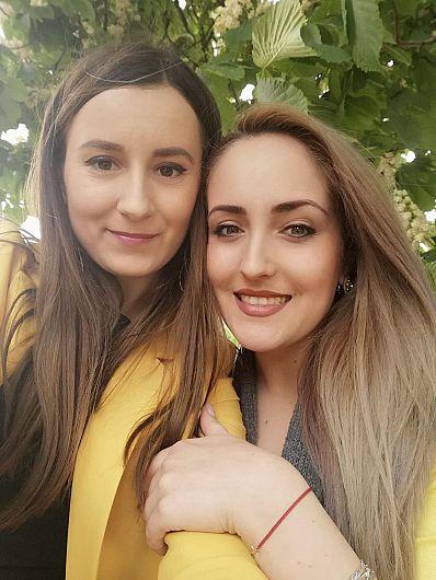 FOTO: Alexandra Mazilu, alături de consilierul local PNL Laura Ciocoeaș
