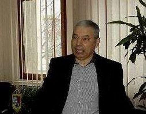 Nicolae Giurgea fost senator, președinte al Consiliului Județean Vrancea, prefect și șef al organizațiilor județene ale FSN și, ulterior, PDSR