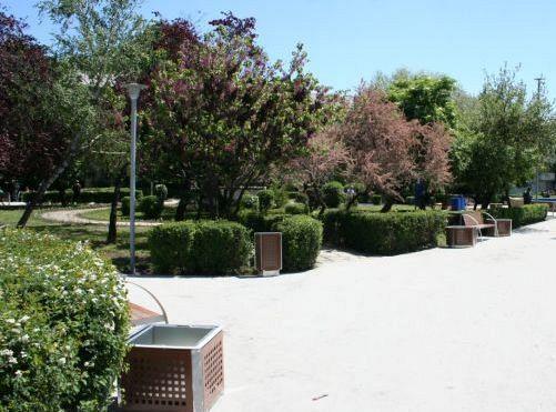în Parcul Schuman nu există nicio toaletă publică