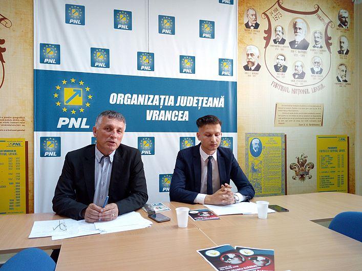 Foto  Liberalii susțin că PSD și ALDE vor să pună până pe banii de pensii
