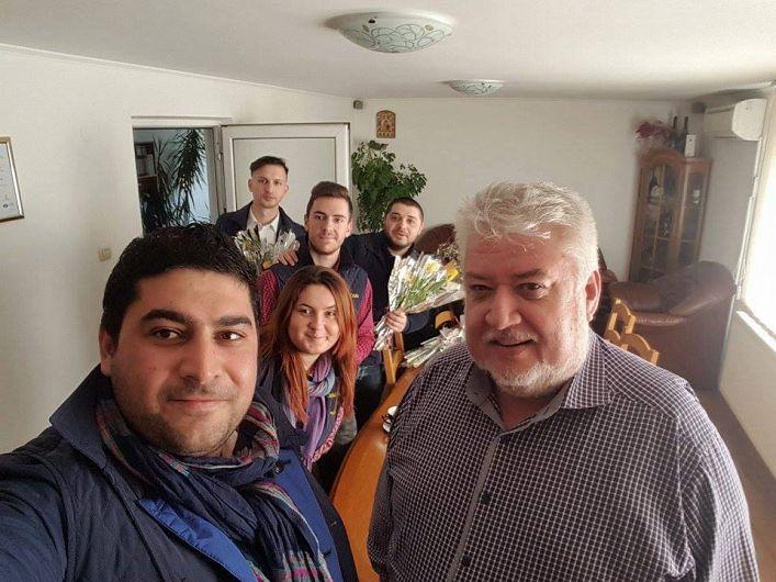 Foto 2- Sorin Robu, alături de liberali vrânceni, în campania electorală de la locale