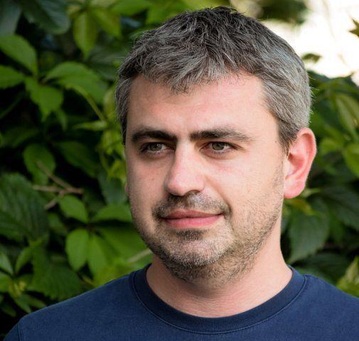 Cosmin PAȘCA-editorialist Ziarul de Iași