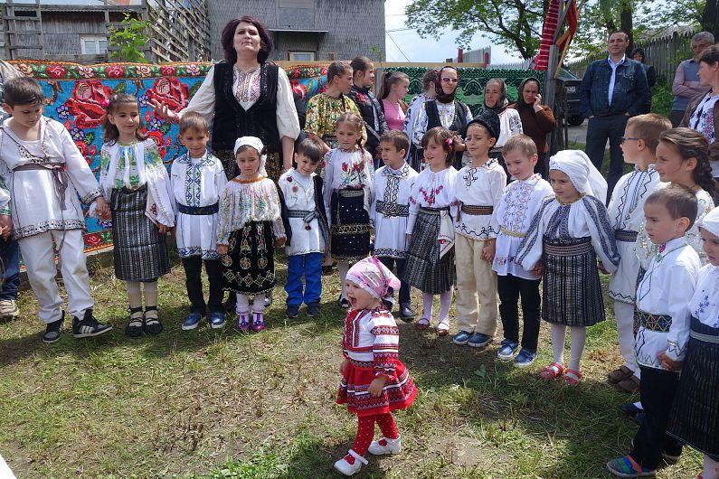 Hora de la Fundătura 2-foto Silvia Vrînceanu
