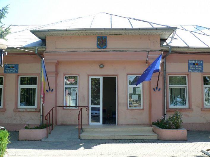 Foto sediul Primăriei orașului Mărășești,județul Vrancea
