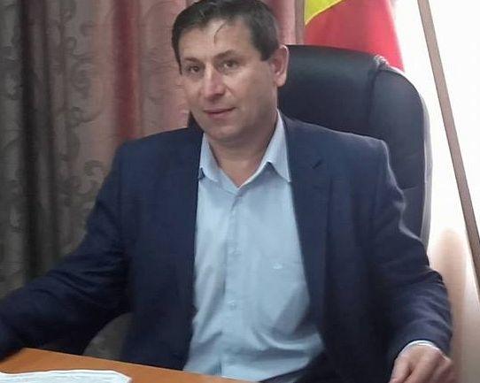 Primarul Gică Grosu