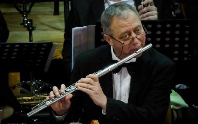Liviu Topală a fost până de curând unul dintre componenţii de bază ai Orchestrei de Cameră Unirea Focşani.Foto:adevarul.ro