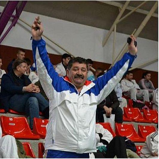 Profesorul Stănică Grosu a demisionat după numai o lună și o săptămână de mandat din postul de director interimar al CSM Focșani 2007.Profesorul Stănică Grosu a girat prin semnătura sa pe 20 august 2021 intrarea în vigoare a unor contracte de activitate sportivă ale antrenorilor și sportivilor din cadrul secțiilor clubului pentru sezonul competițional 2021-2022, de valoare mult mai mare decât finanțarea aprobată prin hotărâre a Consiliului Local Focșani