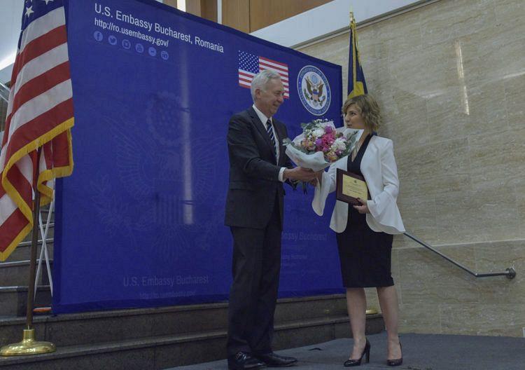 """Ambasadorul Hans Klemm la Ceremonia de Premiere a Femeilor Curajoase:""""Doresc să spun câteva cuvinte despre principala noastră câştigătoare, Elena Alexandra Calistru"""""""
